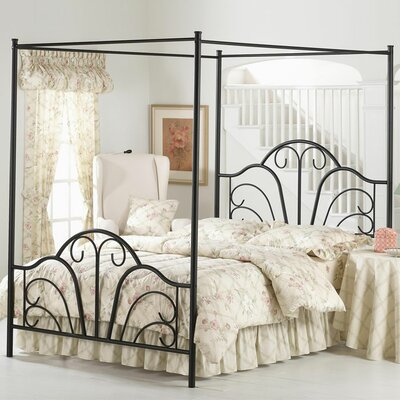 Aksel Canopy Bed Size: King, Color: Cream