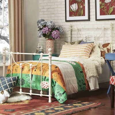 Amaranthe Panel Bed Size: Queen