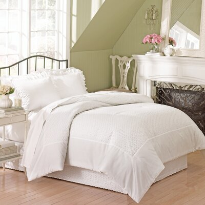 Athenis Eyelet Comforter Color: White, Size: Full / Queen