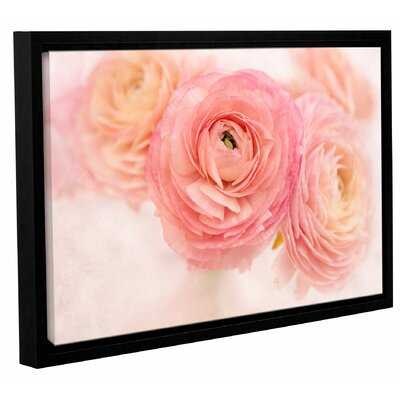 Stylish Flowers Framed Photographic Print on Wrapped Canvas Size: 08'' x 12''