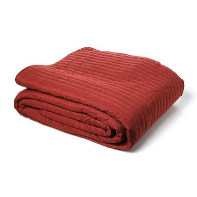 Ambroise Bedspread Size: King, Color: Deep Red