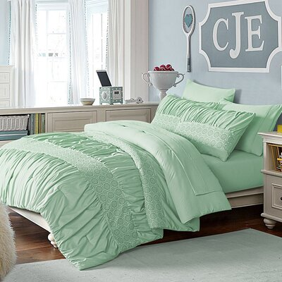 Somme Comforter Set Size: Twin, Color: Green