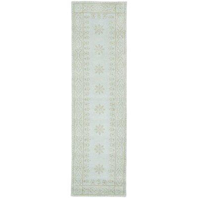 Garden Hand-Loomed Green/Beige Area Rug Rug Size: Runner 23 x 8