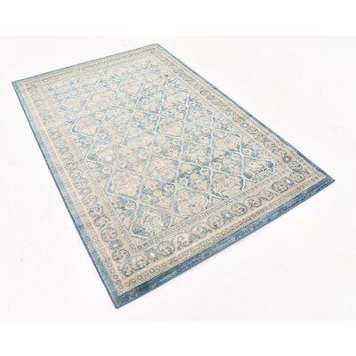Claire Light Blue Area Rug Rug Size: 4 x 6
