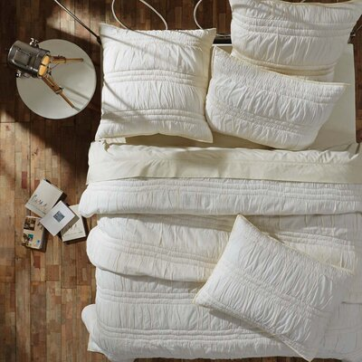 Claude Quilt Set Size: King, Color: Pearl White