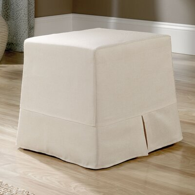 Bermudez Cottage View Ottoman
