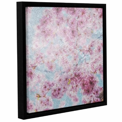 Finn Blossoms Framed Painting Print Size: 10