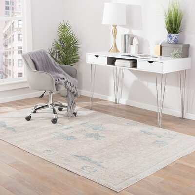 Oneil Gray Mist/Taupe Gray Area Rug Rug Size: Rectangle 5 x 8