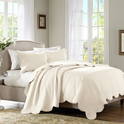 3 Piece Coverlet Set Size: Full / Queen, Color: Ivory