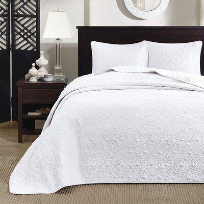 Emy Coverlet Set Size: Full / Queen, Color: White
