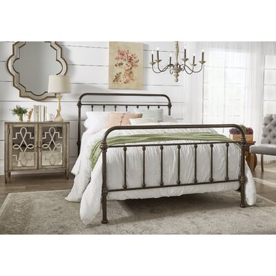 Cavaillon Panel Bed Size: Queen, Color: Antique Dark Bronze