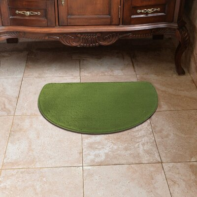 Luxury Slice Kitchen Mat Color: Olive Green