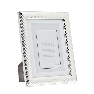 Diagonal Line Picture Frame Size: 5 x 7 Without Mat/4 x 6 With Mat