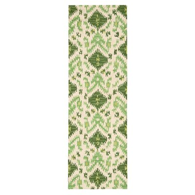 Siam Ivory/Green Hand-Tufted Area Rug Rug Size: Runner 23 x 76