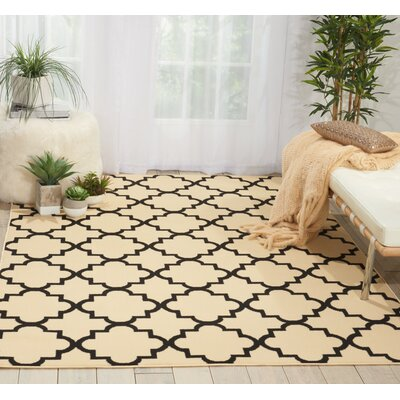 Brechin Cream/Black Indoor Area Rug Rug Size: 53 x 73