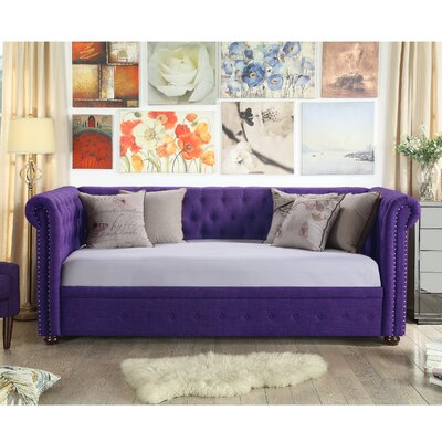 Bannruod Chesterfield Daybed Finish: Radiant Violet