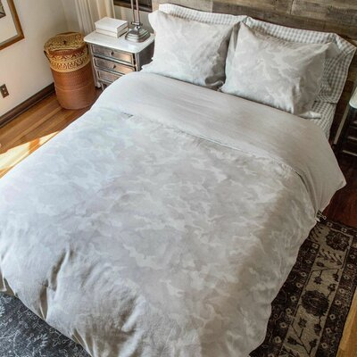Griffith Duvet Set Size: Full/Queen