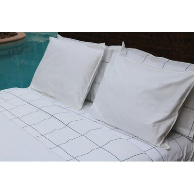 Window Pane 300 Thread Count Cotton Sateen Sheet Set Size: Queen