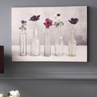 Primavera Photo Graphic Print on Canvas in Gray