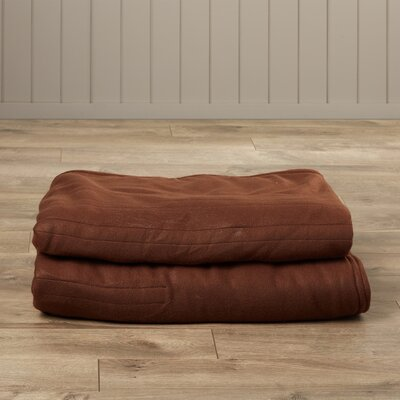 Millie Heated Knit Blanket Color: Chocolate, Size: King