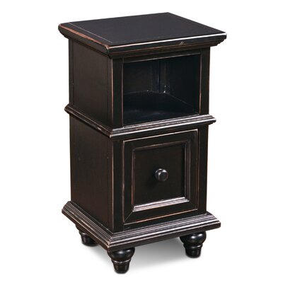 Ashleigh End Table Color: Antique Black