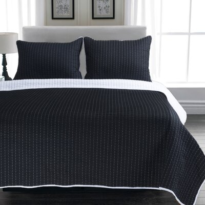 Melodie Reversible Quilt Set Size: Full / Queen, Color: White / Black