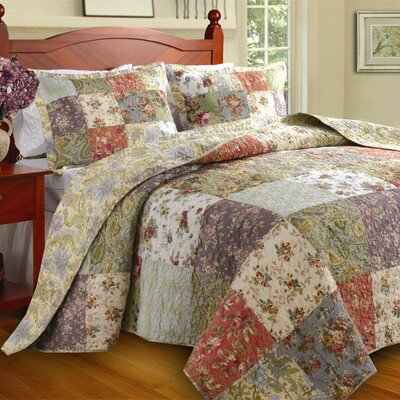 Eleanora Cotton Reversible Quilt Set Size: King
