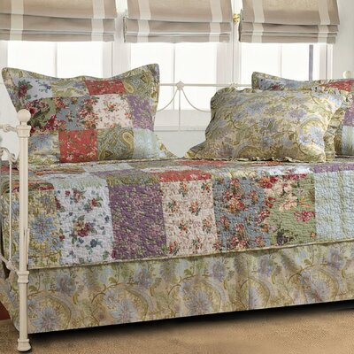 Bauer 5 Piece Reversible Quilt Set