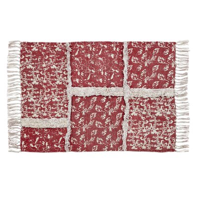 Aline Red Area Rug Rug Size: 4 x 6