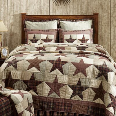 Lydia Quilt Size: Luxury King