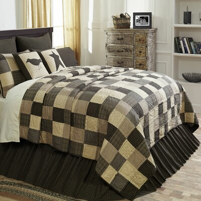 Millicent Quilt Size: Luxury King