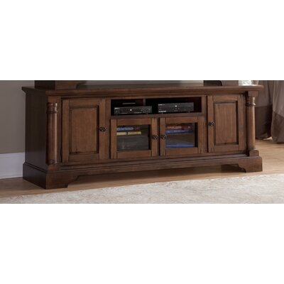 Findlay TV Stand Finish: Natural Nutmeg