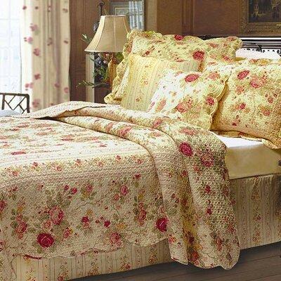 Abbigail Cotton Reversible Quilt Set Size: Twin