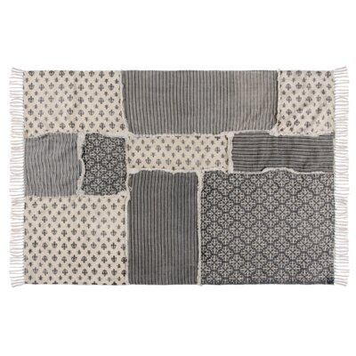 Aurelia Black/Gray Area Rug Rug Size: 4 x 6