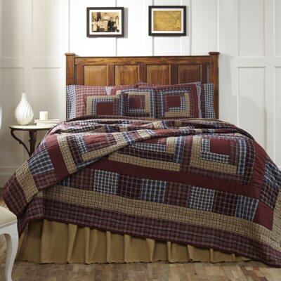 Amenia Quilt Size: King