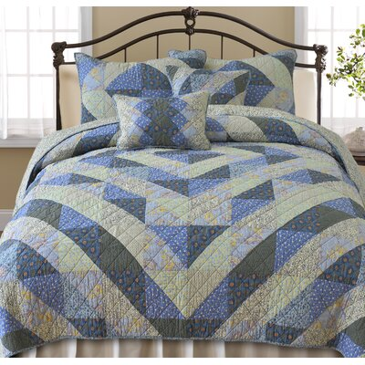 New England Quilt Size: King