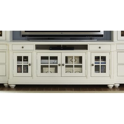 Saguenay Cottage TV Stand