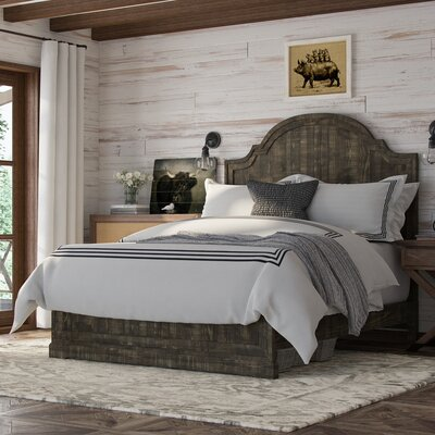 Buford Platform Bed Size: King