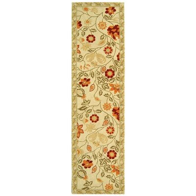 Kinchen Ivory/Green Area Rug Rug Size: Runner 2'6