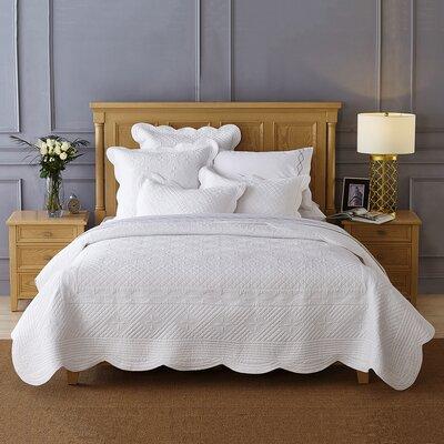 Lafollette Luxury Quilt Size: King, Color: White