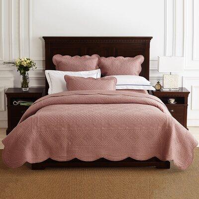 Lafollette Luxury Quilt Size: King, Color: Marsala