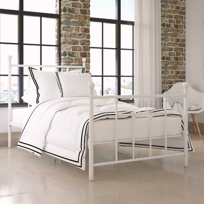 Lyster Platform Bed Size: Queen, Finish: White