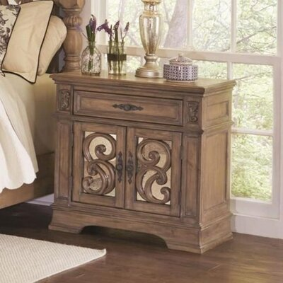 Antonie Door 1 Drawer Nightstand