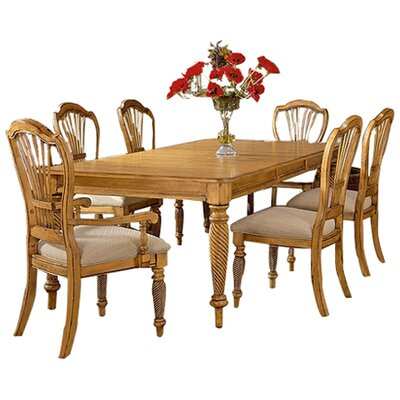 Halton Extendable Dining Table Finish: Pine