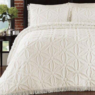 Delphine Coverlet Set Size: Queen, Color: Ivory