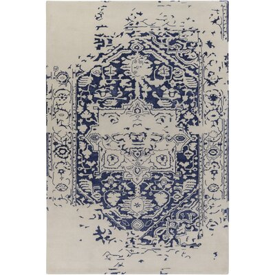 Pearl Hand-Tufted Blue/Beige Area Rug Rug Size: 4 x 6