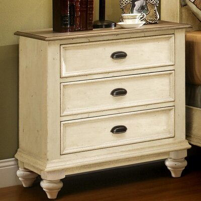Quevillon 3 Drawer Bachelors Chest