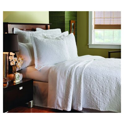 Levesque Season Stone Washed Coverlet Size: King