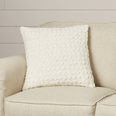 Riverton Linen Throw Pillow Size: 18 H x 18 W x 4 D, Color: Ivory
