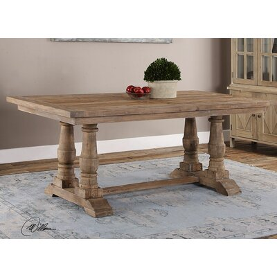 Axtellon Dining Table